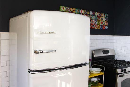 Retro Kühlschrank Big Chill : Original fridge what a chill color: white pinterest