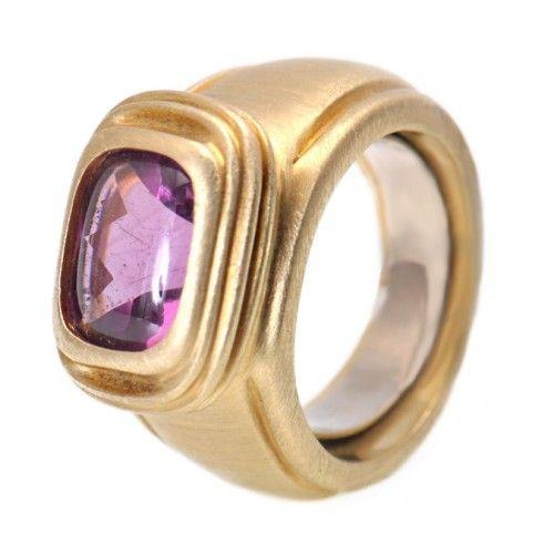 Slane & Slane 18K Yellow Gold Amethyst Ring