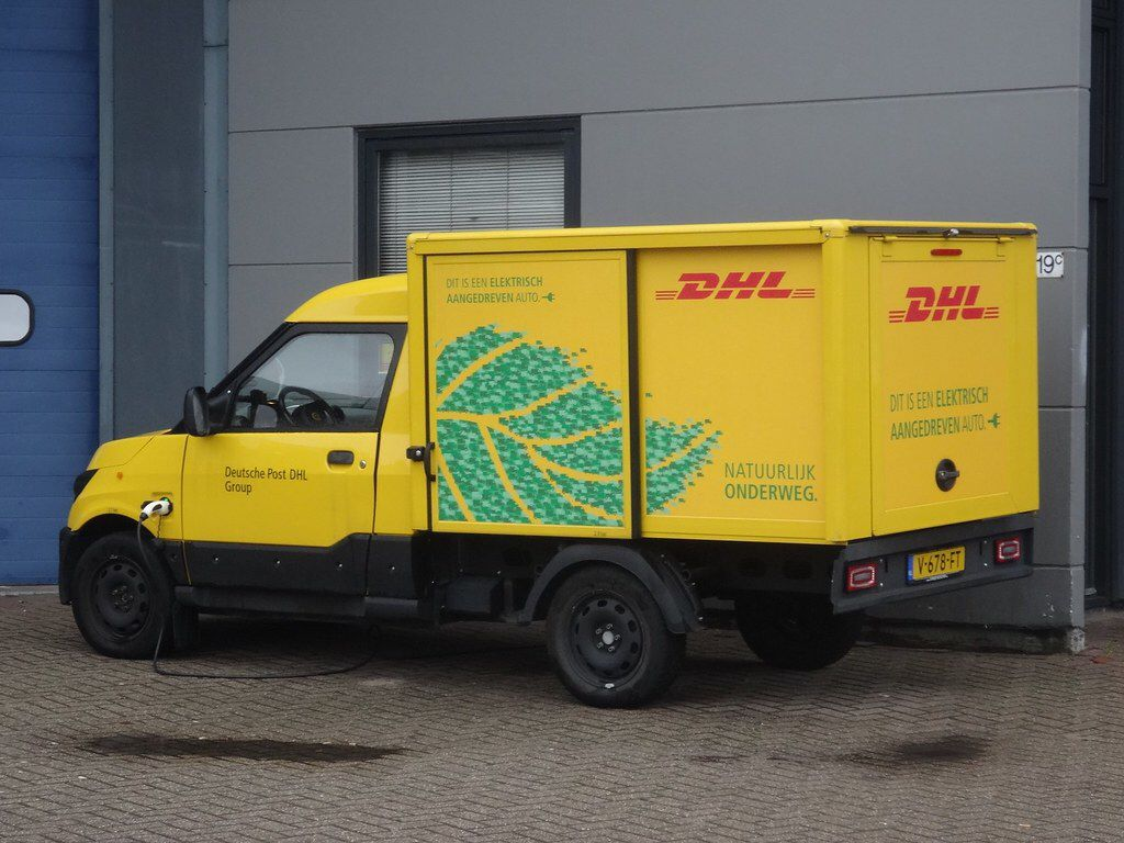 Pin On Commercial Van S Small Truck S Taxi S Car S