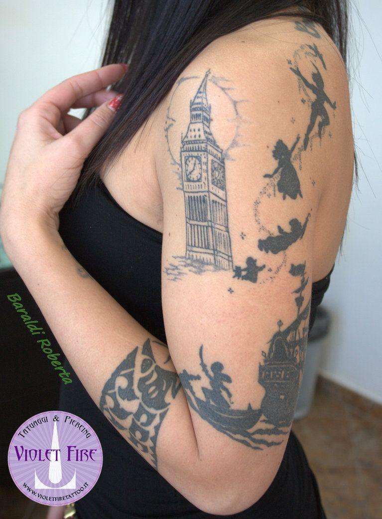 Tatuaggio Peter Pan Su Braccio Violet Fire Tatto Peter Pan Tattoo Sleeve Tattoos Fire Tattoo