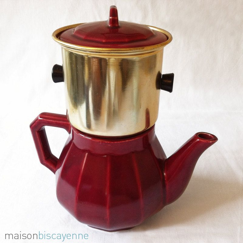Antique ceramic coffee pot, maroon. France, 1940s Cafetera
