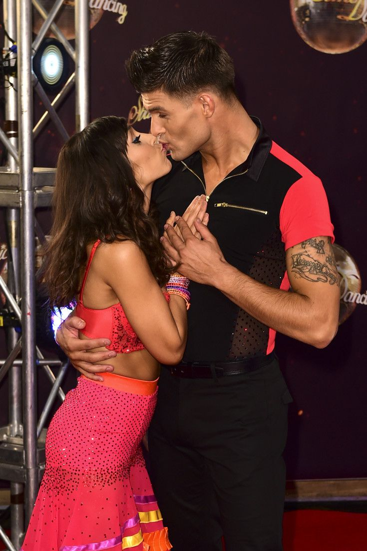 Forum on this topic: How To Dance: Aljaz and Janette's Expert , how-to-dance-aljaz-and-janettes-expert/
