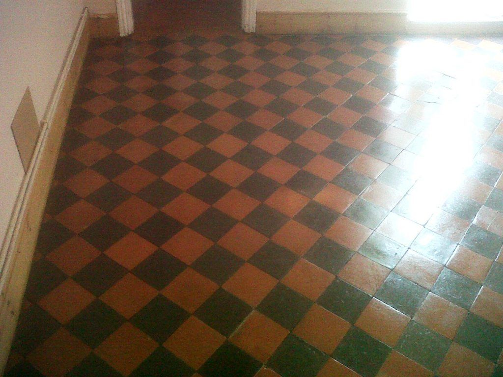 Quarry tiles red and black the perfect victorian kitchen for Floors tiles for kitchen