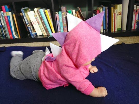 Diy Baby Dinosaur Costume Fiscally Chic This Is Halloween