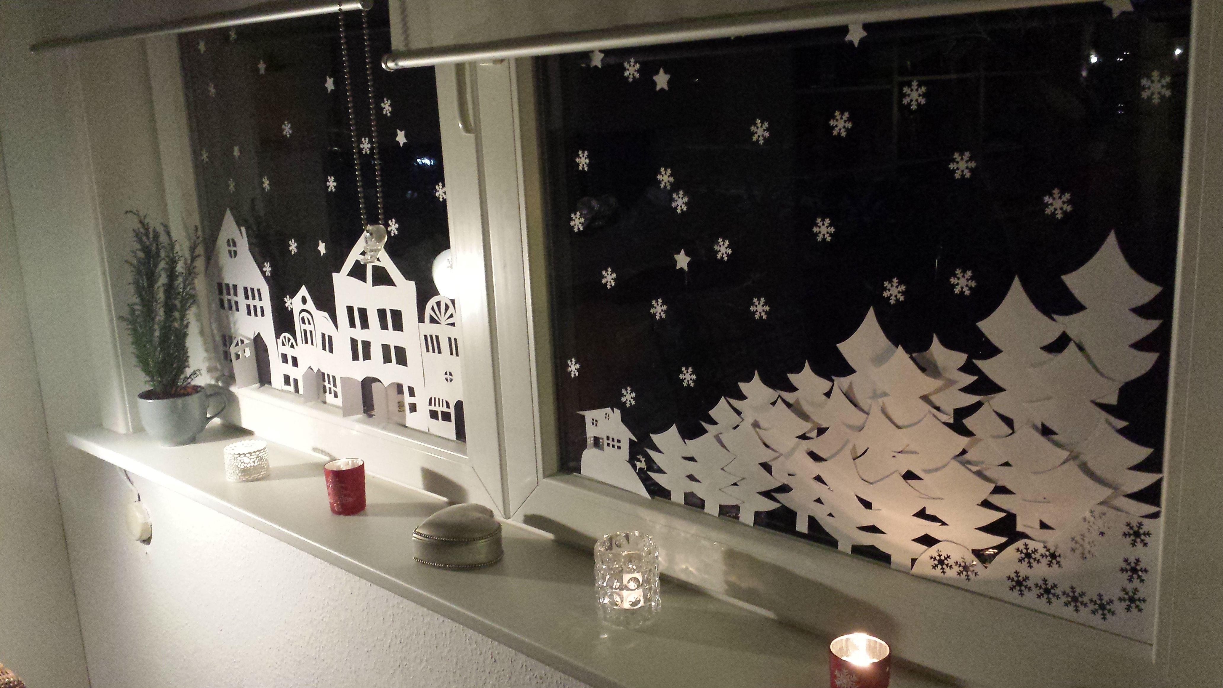 Winterliche fensterdekoration froschtatze media jahreszeiten weihnachten winter - Fensterdeko weihnachten schule ...
