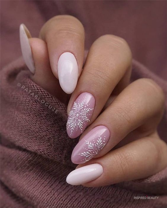 35 Cute Winter Nails Design To Enjoy - Inspired Be