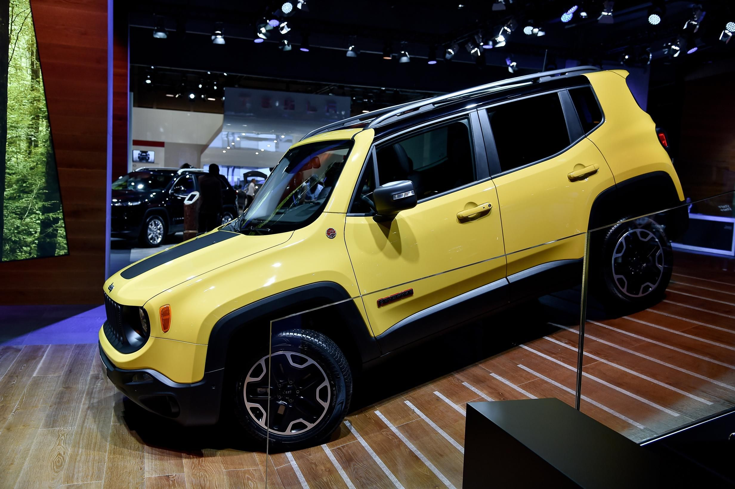 The new jeep renegade i might actually need one of these they re pretty cool looking i miss my jeep my style or lack thereof pinterest jeeps