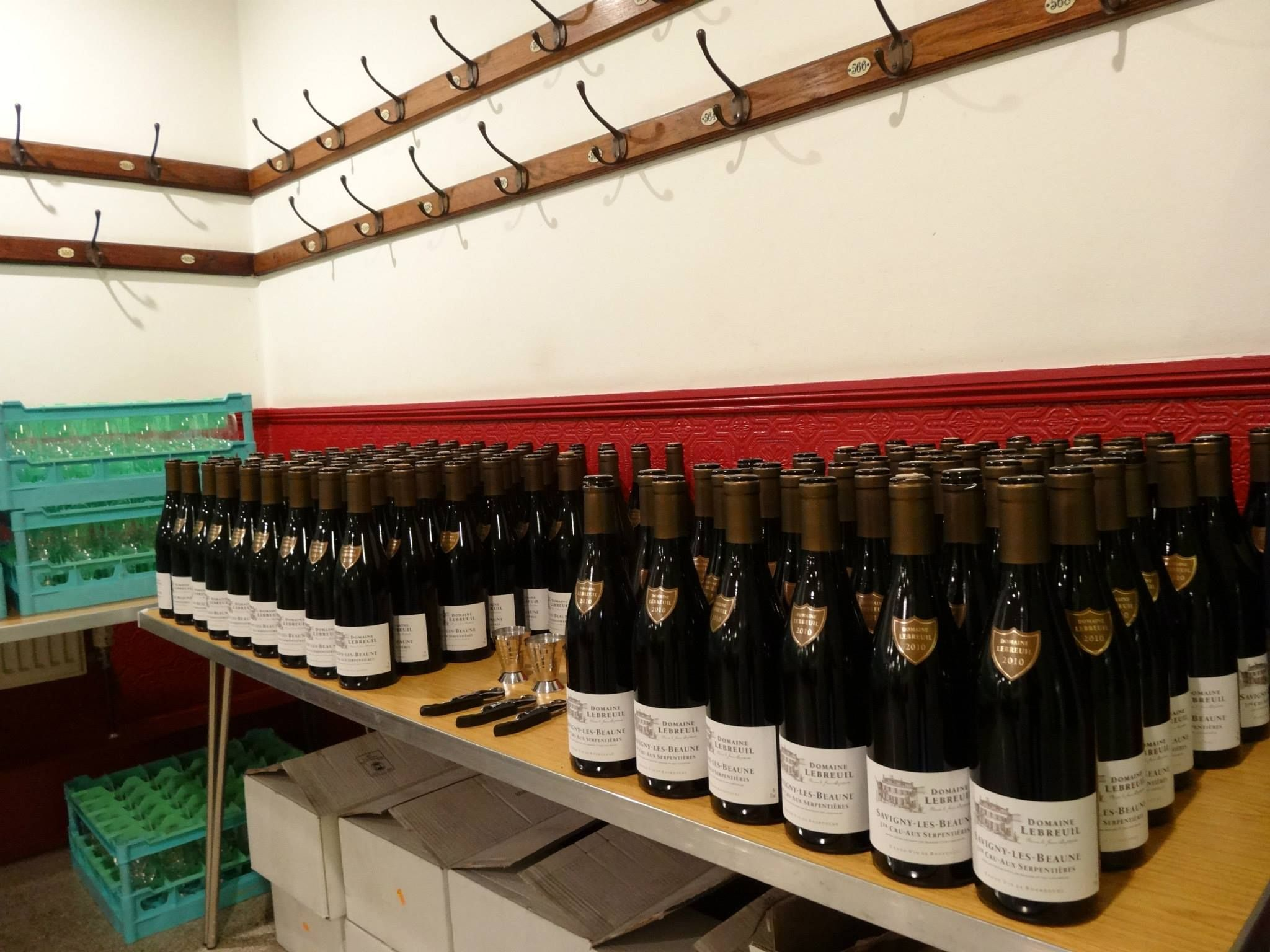 And Here Is Jancis Robinson S Selection For Burgundy Savigny Les Beaune 1er Cru Aux Serpentieres 2010 Jean Baptiste Lebre Wine Region Bordeaux Wine Lovers