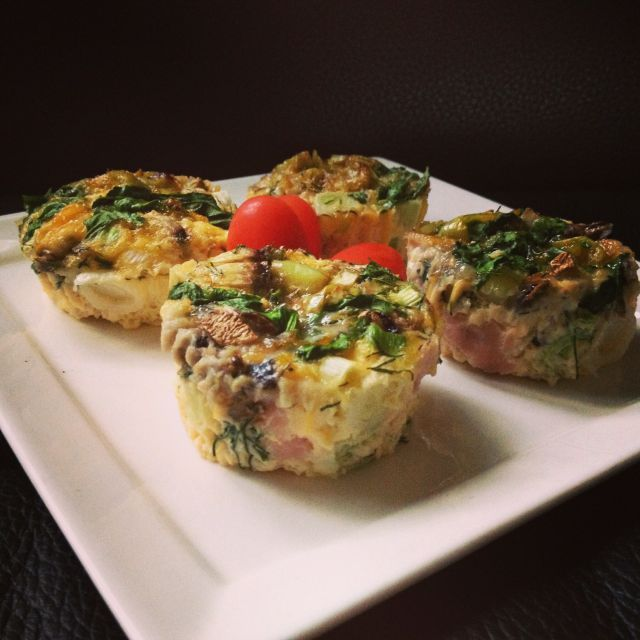 Find easy paleo breakfast ideas just like this Paleo Mini Frittata recipe. Don't forget to sign up to our merrymaker newsletter for your FREE recipe eBook!