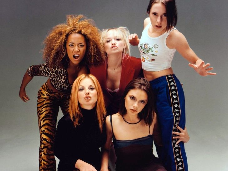 Beauty Ideal 90s 1990s Pop Stars Spice Girls Girl Group Icon Fashion Photography Millenial Scary Spice Bab Spice Girls 90s Fashion Trending 90s Fashion