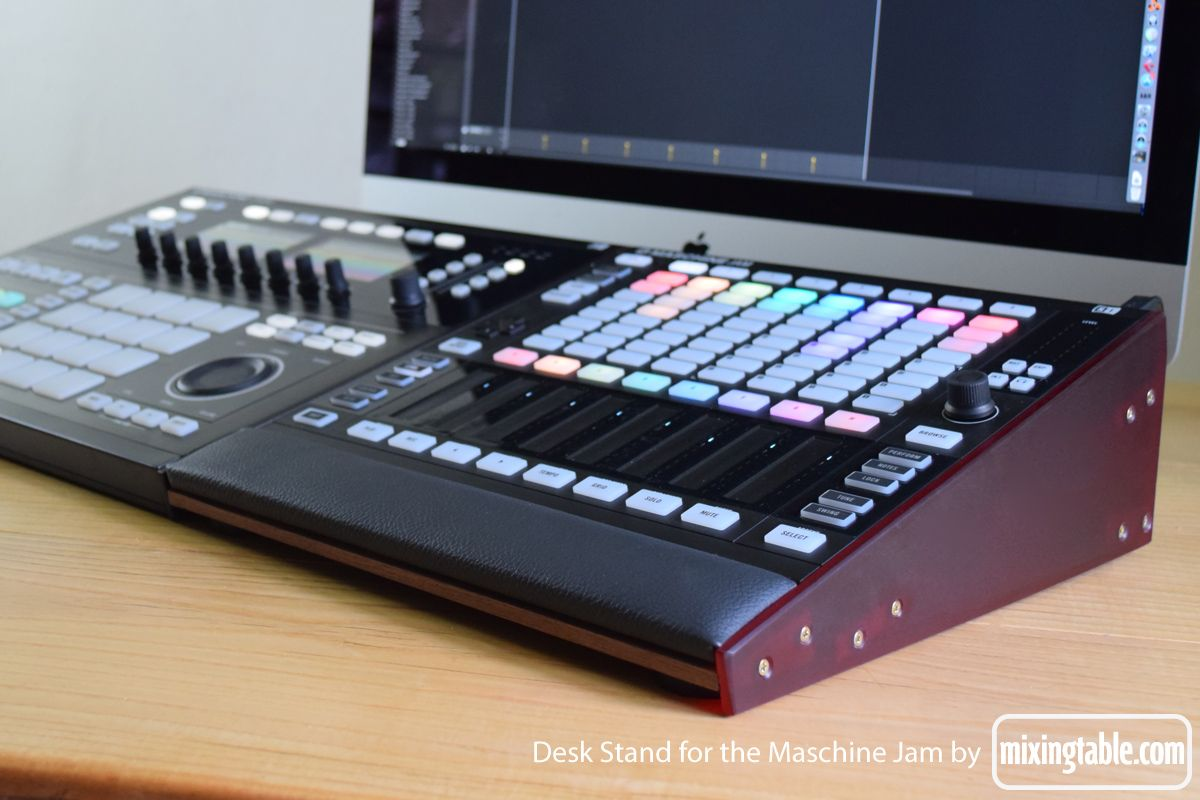 Maschine Jam Stand By Mixingtable2 Recording Studio
