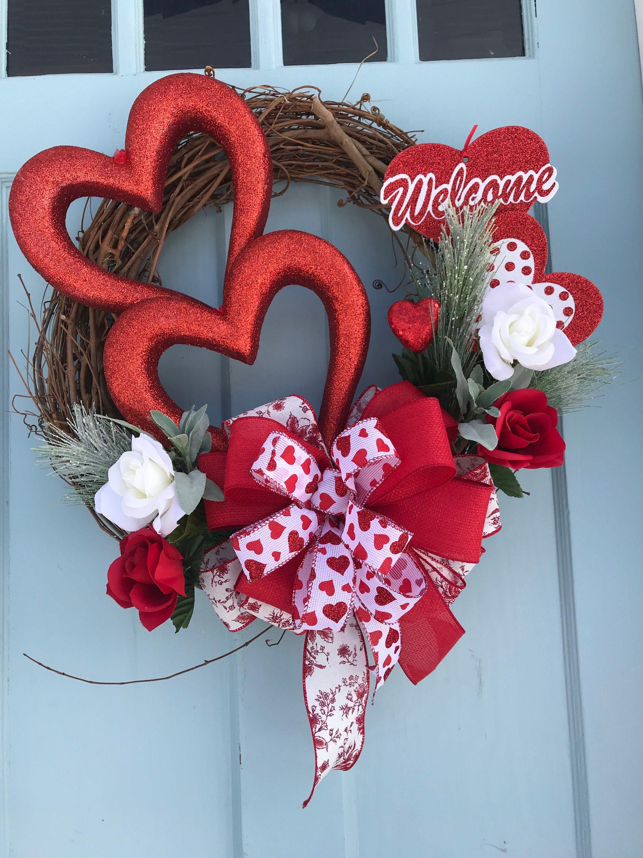 Triple Heart Valentine Wreath Wreaths For Front Door Etsy Valentine Wreath Diy Diy Valentines Decorations Diy Valentines Day Wreath