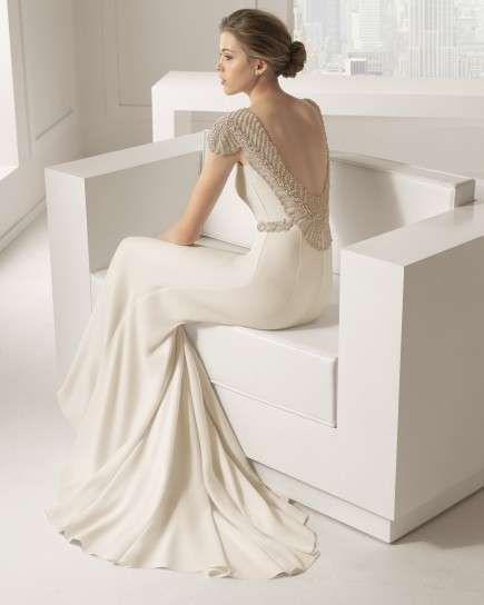 c000e70d579ec Vestidos de novia 2015  Diseños con espalda descubierta - Modelo de Rosa  Clara con espalda descubierta