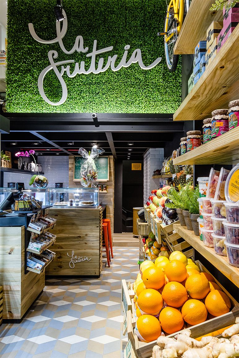 La Fruteria Market Em 2019 Store Design Fruit Shop E