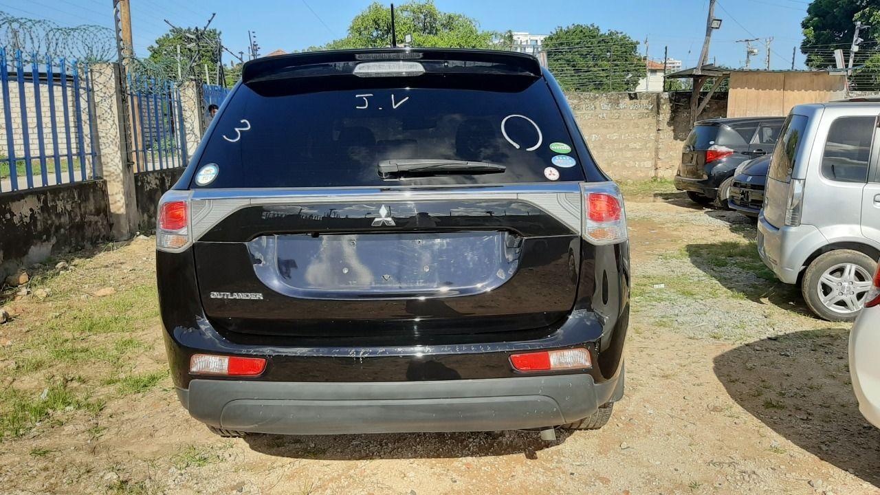 2013 Mitsubishi Outlander 7 Seater Just Arrived ChapChap