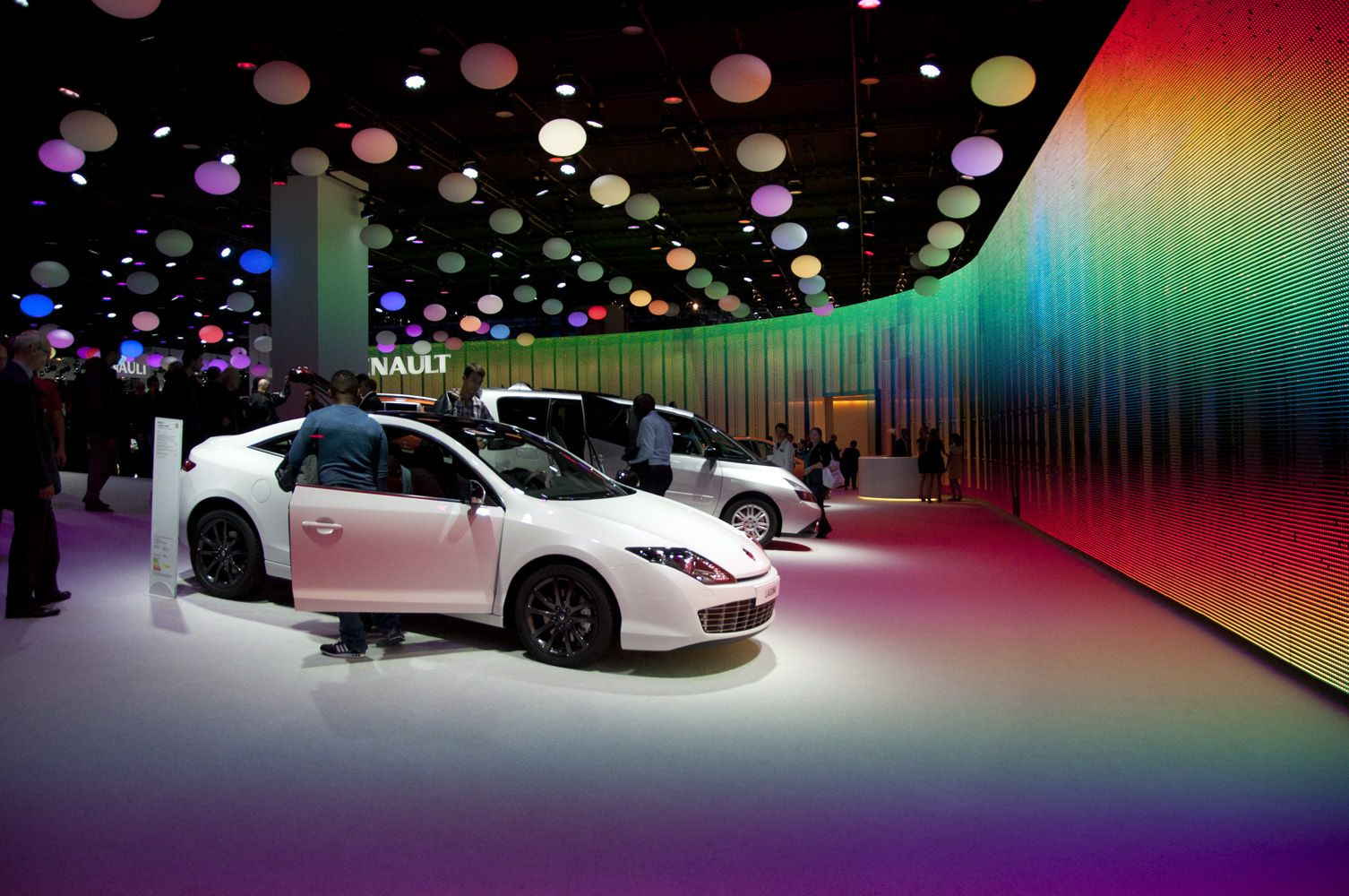 LightingWalls HFT Advanced Events Assignment Pinterest - Led car show lights