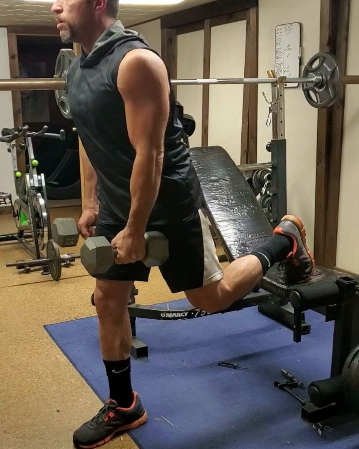 Trying to give more focus to the spit squat. Its shown me that my left leg is just slightly weaker t...