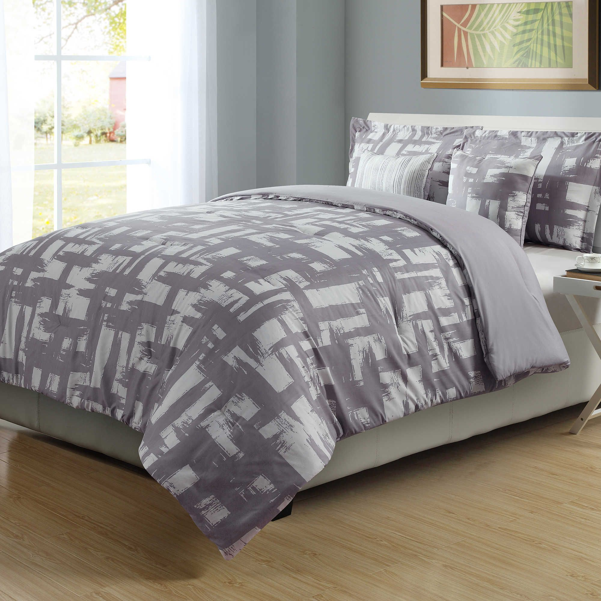 4 Piece Full Queen Check Comforter Set In Lilac White Comforter
