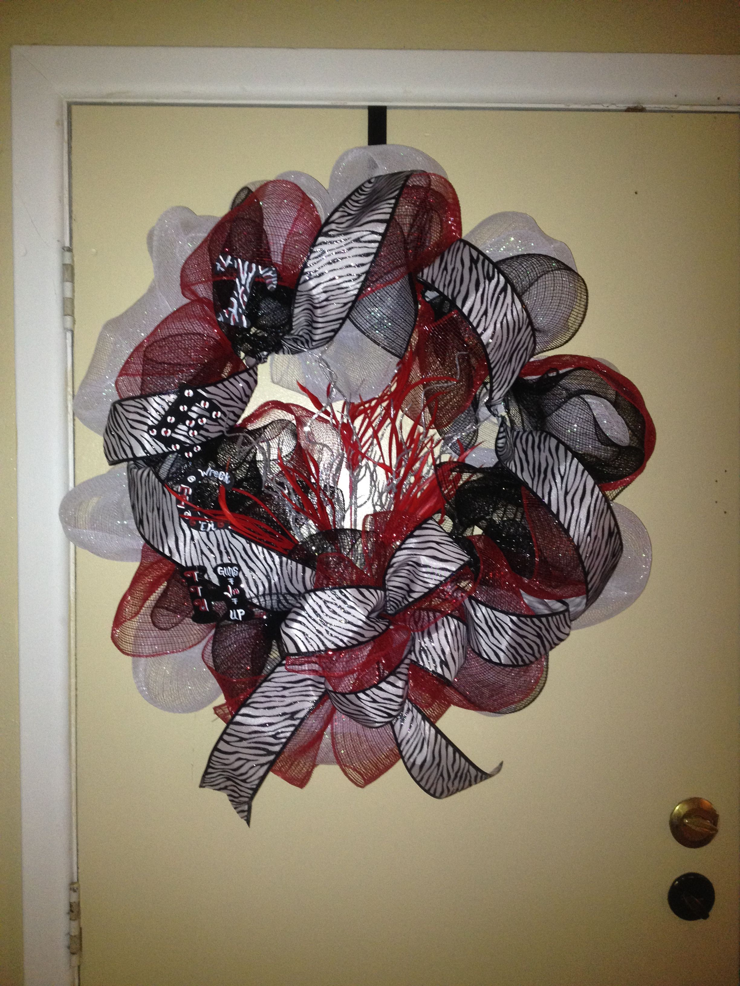 Another Texas Tech wreath made! How to make wreaths