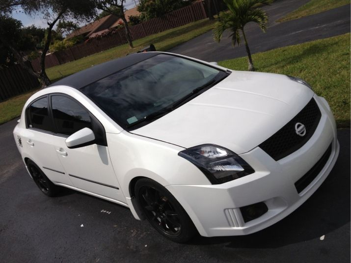 View This Image Of A 2011 Nissan Sentra Nissan Sentra Nissan Datsun