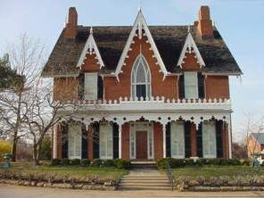 Haunted Oak Hill Cottage Once A Stop On The Underground Railroad Gothic House Victorian Homes House Trim