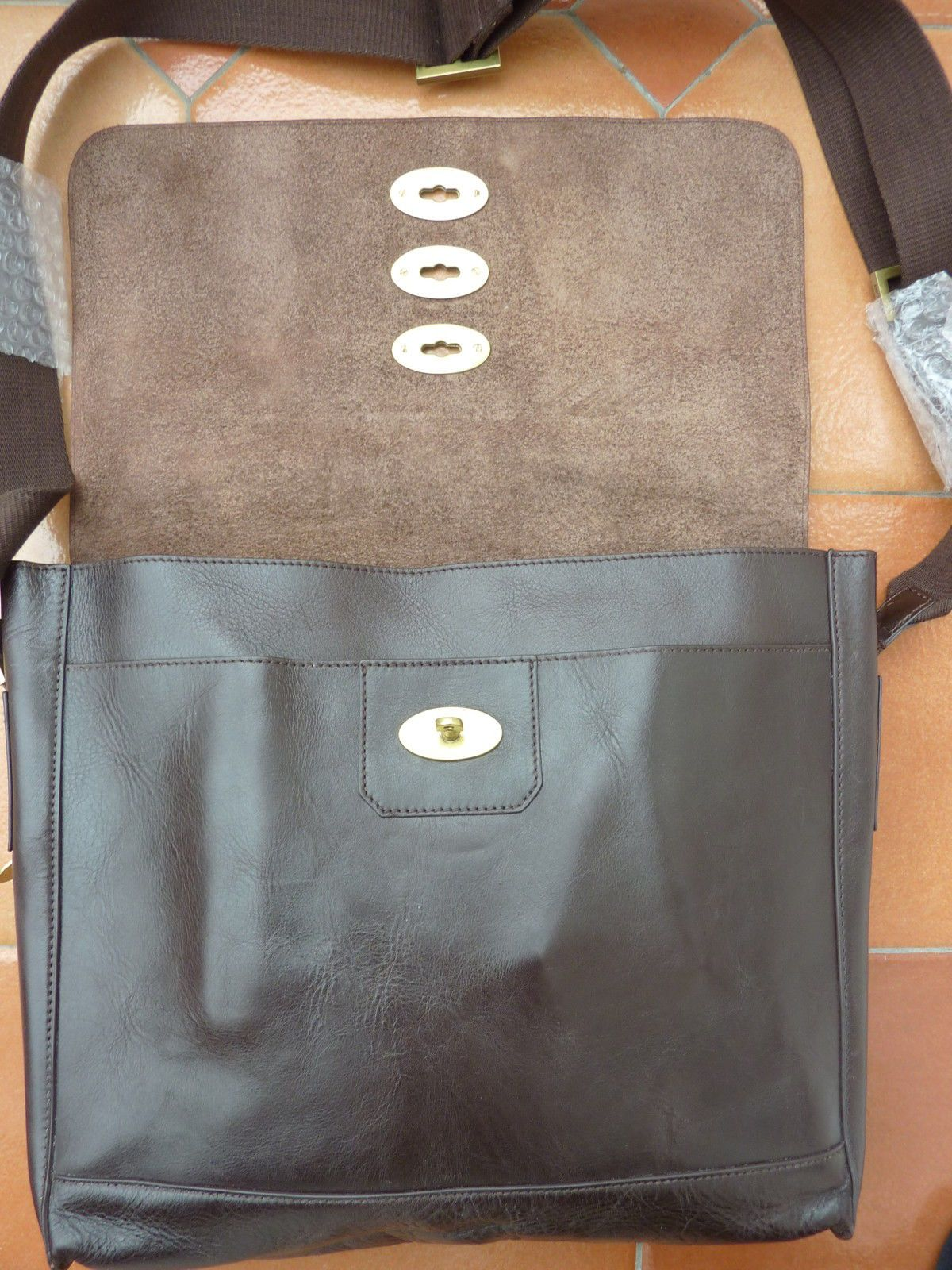 2a3eac899d Mulberry - Brynmore Messenger Bag - £795 - Brown Leather - triple lock in  Clothes