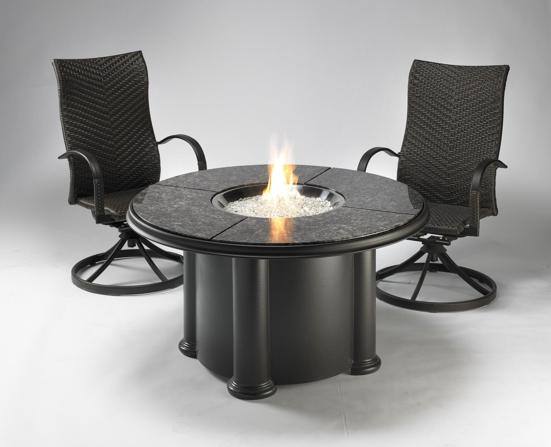 Grand Colonial Fire Pit Table!