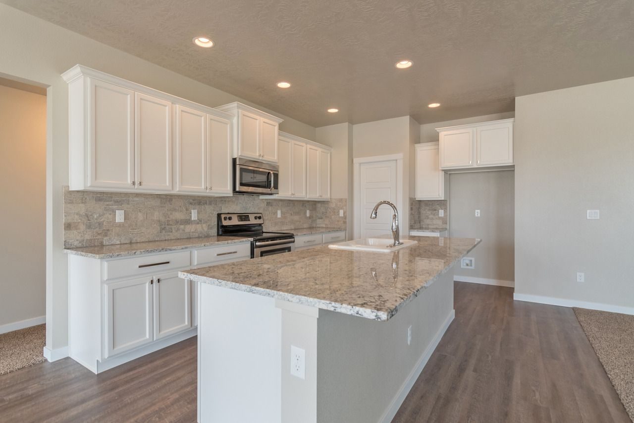 - Check Out How Bright And Warm This Kitchen Is! Off-white Counters