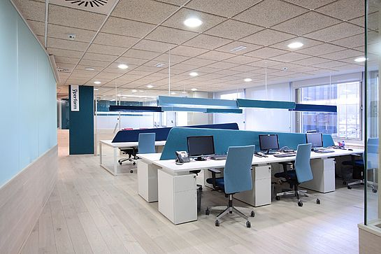 Inspiration Offices Accented In Blue Office Snapshots Modern Office Design Office Interior Design Office Design Inspiration