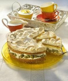 Photo of Gooseberry pie with meringue topping Recipe DELICIOUS