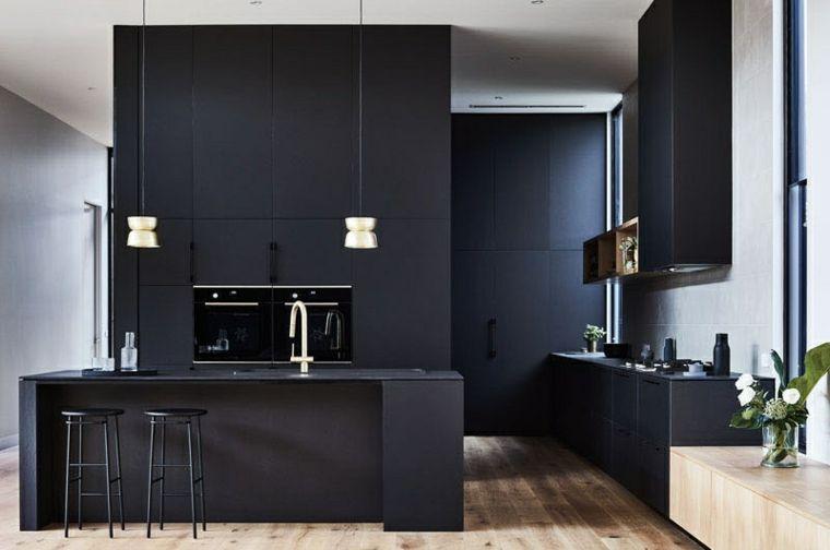 Patio interior envuelto por una casa moderna en Australia | Cocina ...