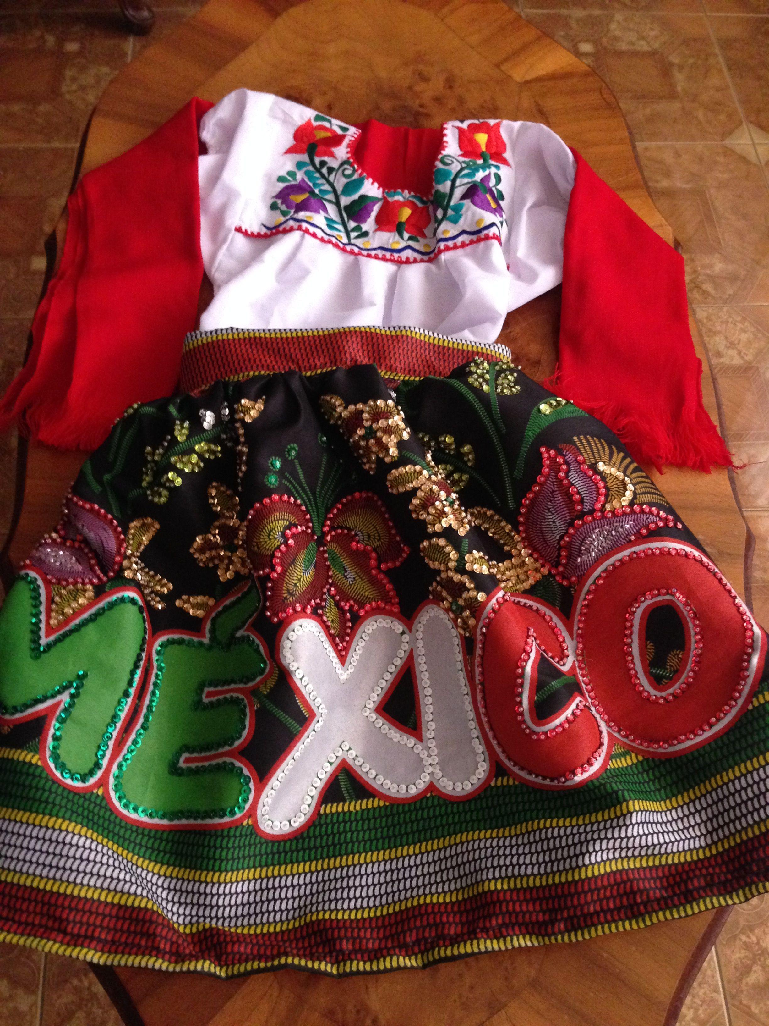 Traje Típico Mexicano Para Niña Bordado A Mano Con Chaquira