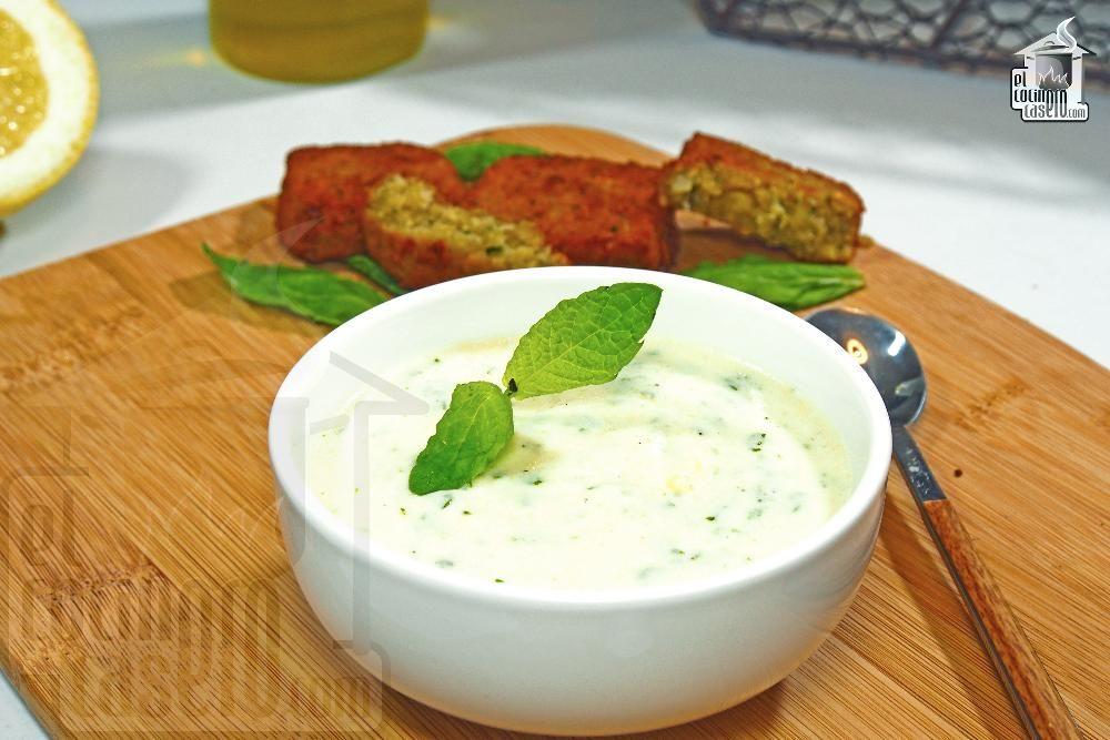 Salsa De Yogur Para Falafel Receta Recetas árabes Salsa De Yogur Recetas De Comida