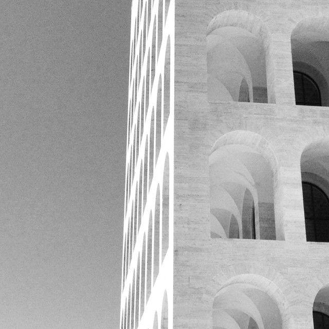 Palazzo della civiltà italiana | EUR | photo by #mv_mqd | #eur #roma #rome #perspective #prospettiva #italia #libera #bw #facade #architetturadiregime #architecturephotography #arch