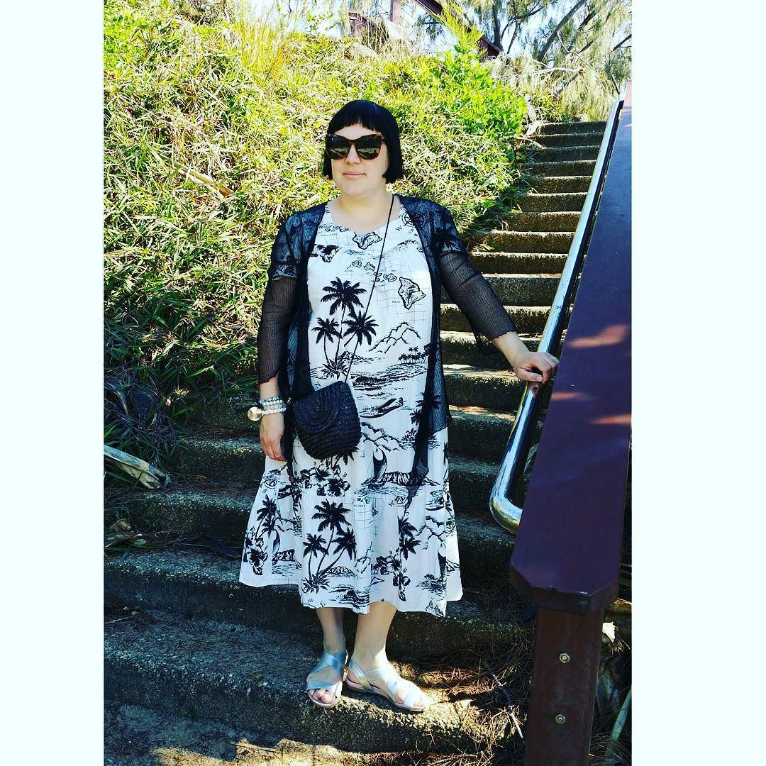Monochromatic morning walks at Snapper Rocks  Wearing an Aloha Republic muumuu mesh cardigan @bigwaustralia sandals @targetaustralia woven cross-body bag & @witcheryfashion sunglasses... #styleinspo #styleblogger #stylecloseup #fashionblogger #fashionista #frannygetsfrockedblog #dressaholic #thirtyplusstyle #instalike #instadaily #instamood #instafashion #instagood #instapics #picoftheday #bestoftheday #igers #ootd #mywardrobe #currentlywearing #whatiwore #everydaystyle #boho #bohosoul…