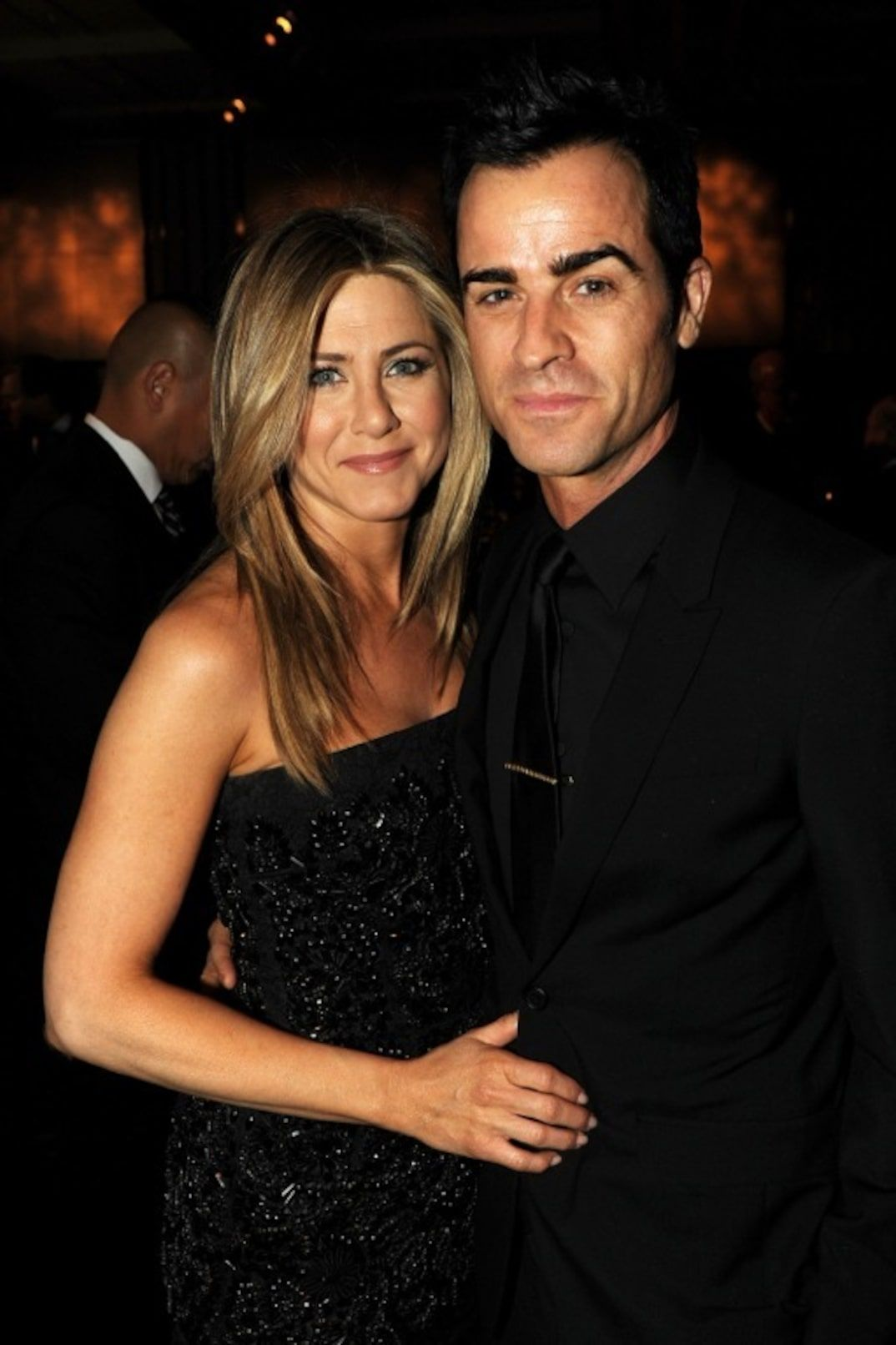 Jennifer Aniston And Justin Theroux Together In 2020 Jennifer Aniston Wedding Dress Jennifer Aniston Wedding Jennifer Aniston Pictures