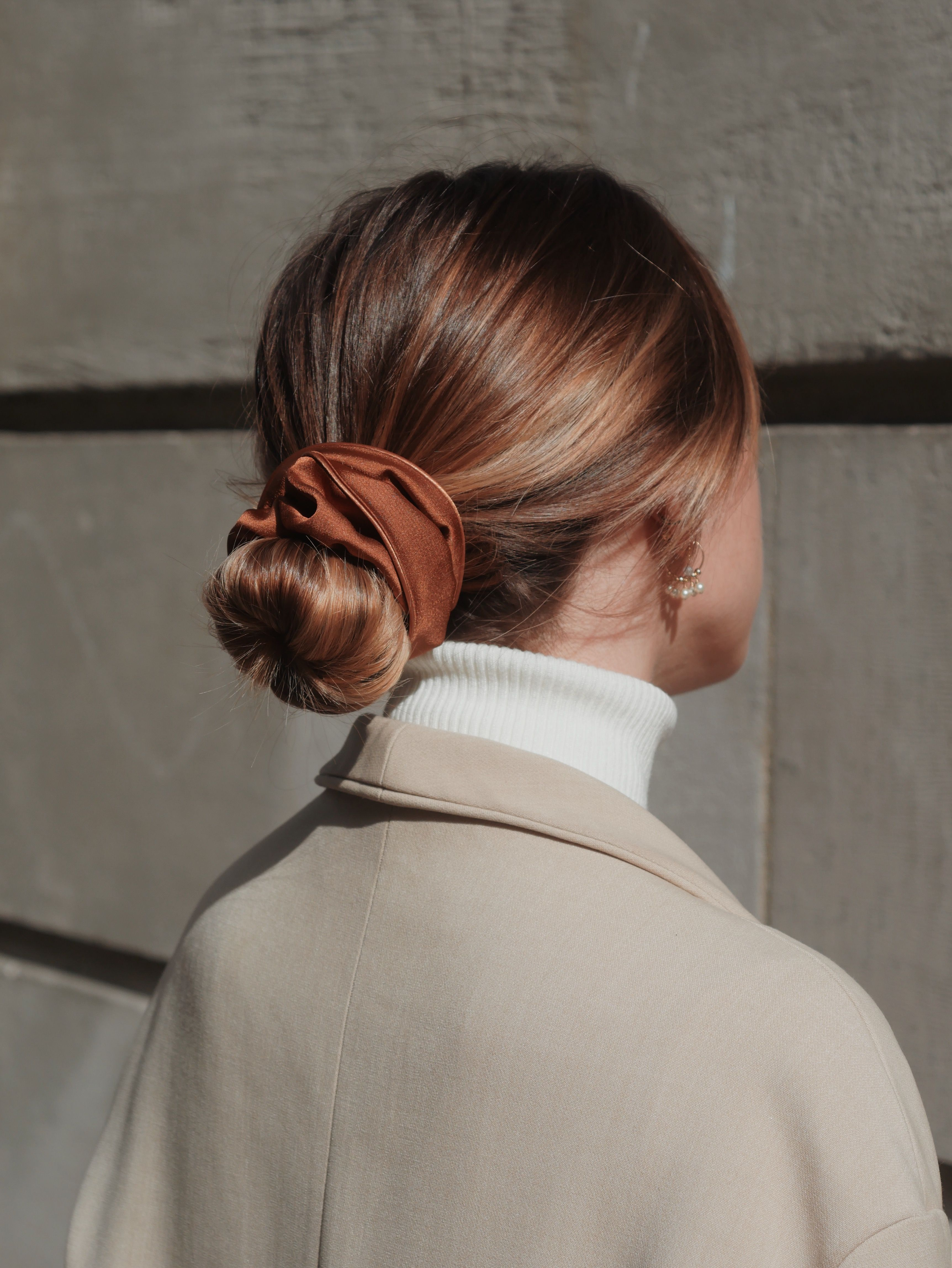 Chouchou satin marron – Sacha 🧡✨ –  Das schönste Bild für  hairstyle semi…
