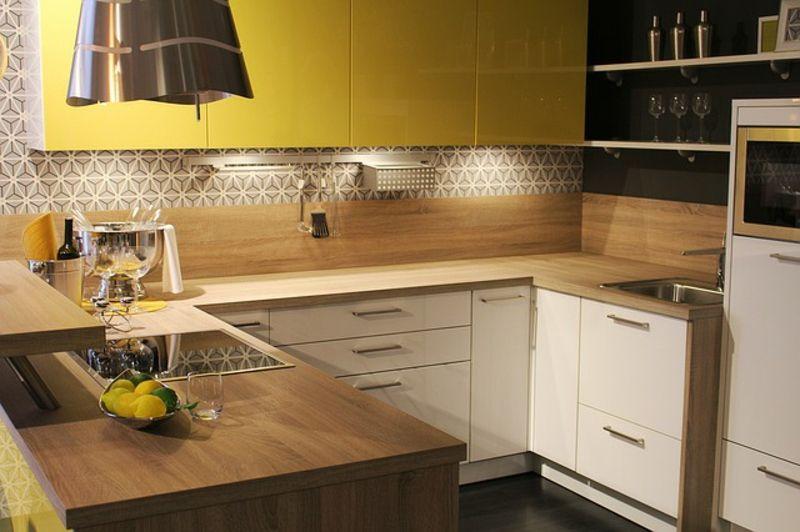 Küchenrückwand – Trendige Alternativen zum klassischen ...