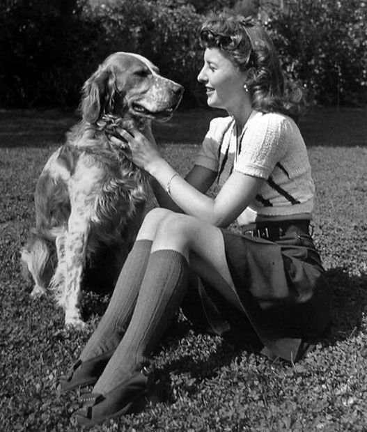 Barbara Stanwyck with her dog Barbara stanwyck, Old