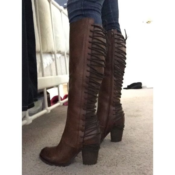 bfb009cf903 STEVE MADDEN BROWN BOOTS BRAND NEW Amazing BRAND NEW tall brown gorgeous  boots with lace up back!! Size 9 Sold out Comes wrapped as bought in the.