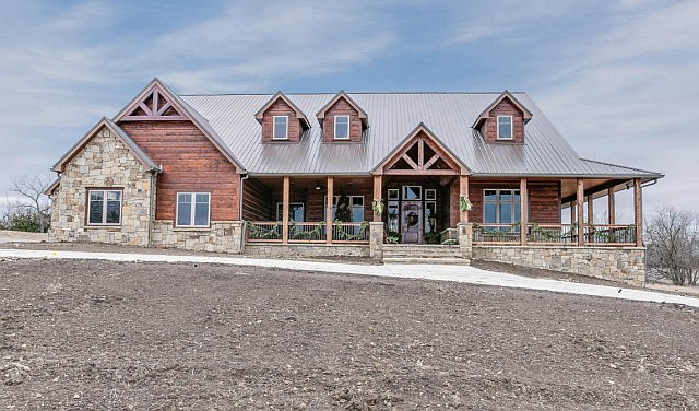 Breathtaking Lodge Type House W Amazing Interior Hq Pictures Metal Building Homes Metal Building Homes Exterior Design Metal Buildings