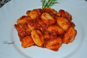 Mi Diversión en la cocina: Ñoquis con Salsa de Tomate y Albahaca