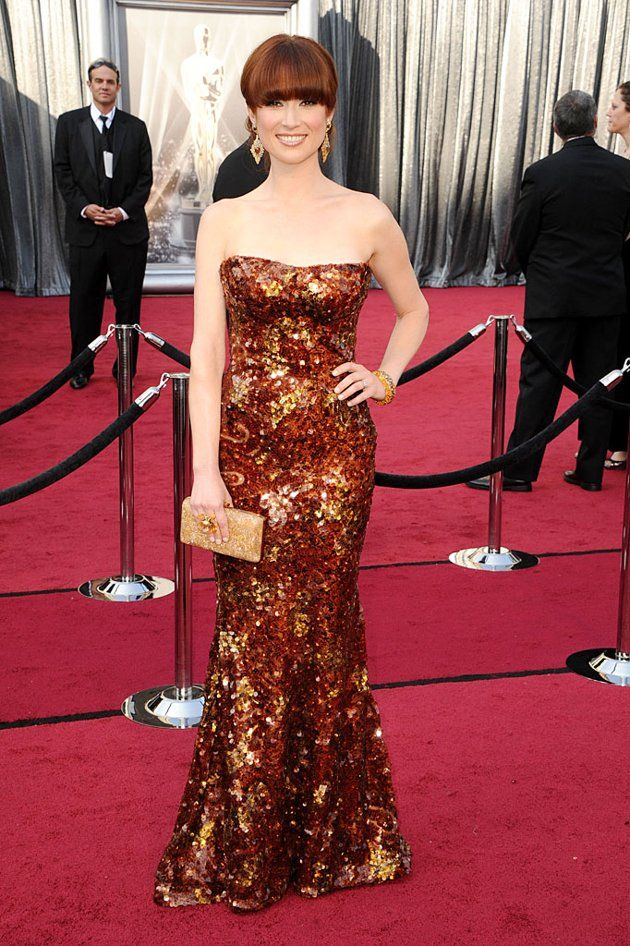 Ellie Kemper in Armani Prive [i loooooved her dress at the Academy Awards!!]