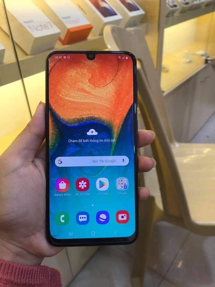 Samsung a30 Galaxy a30 : prix et fiche technique