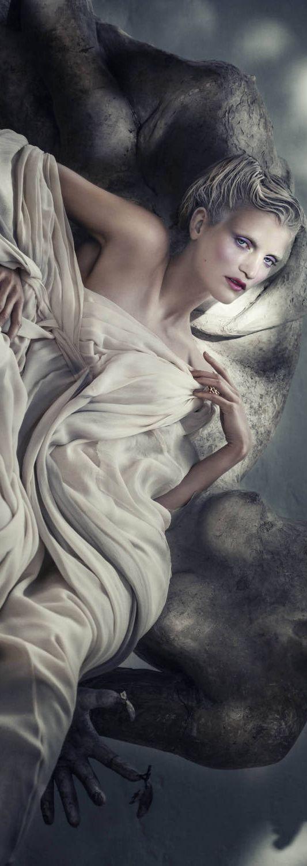 Cecilie Deisting Skejø By Signe Vilstrup For Elle Denmark November 2014 | cynthia reccord