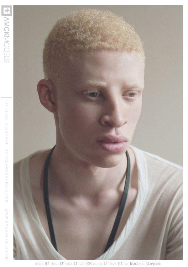 http://i.models.com/oftheminute/images/2011/09/33993/05_Shaun_Ross_.jpg