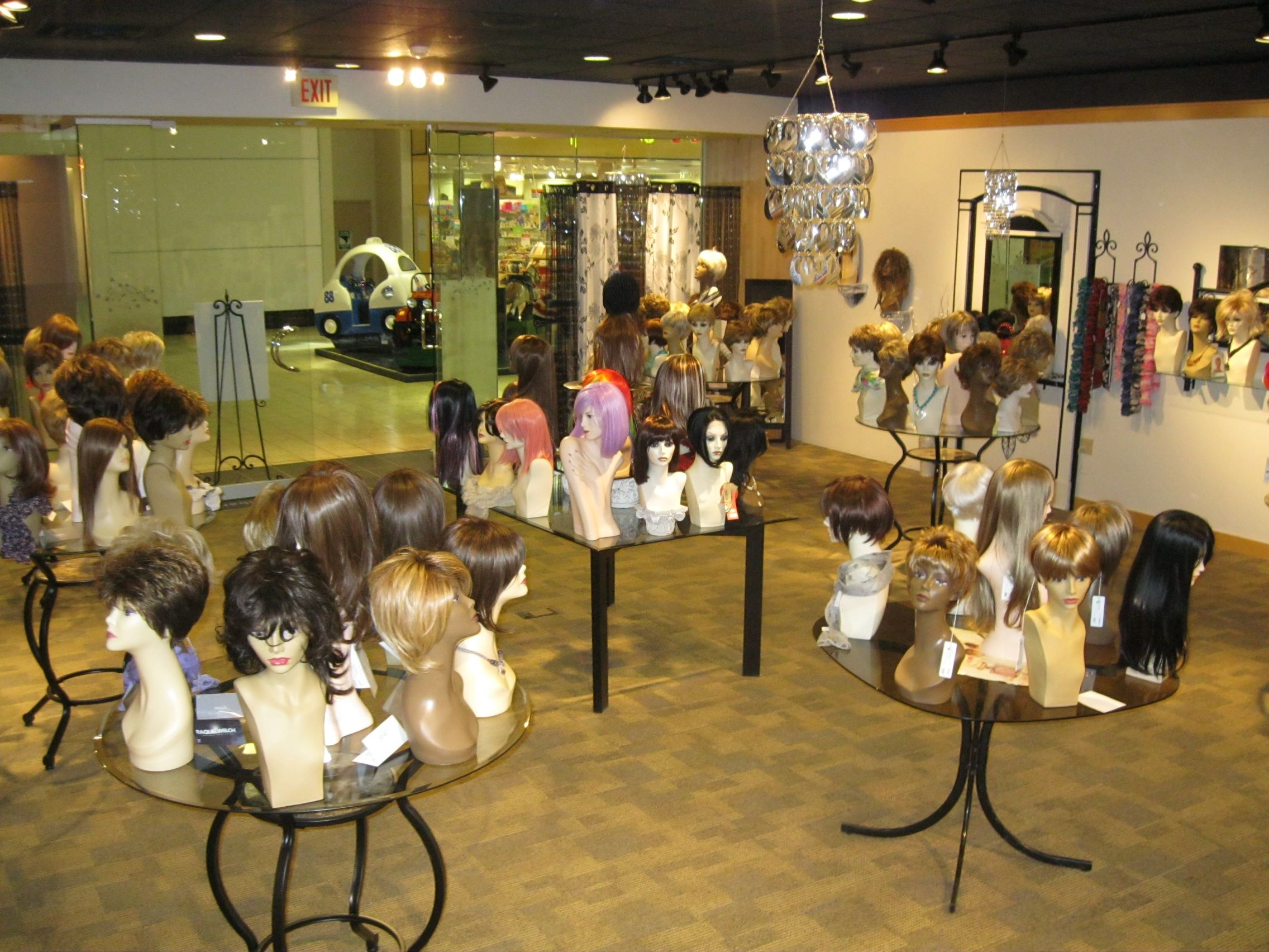 Hairuwear Featured Retailer For June 2013 The Mane Boutique Themaneboutique Net Hair Boutique Beauty Room Wig Store