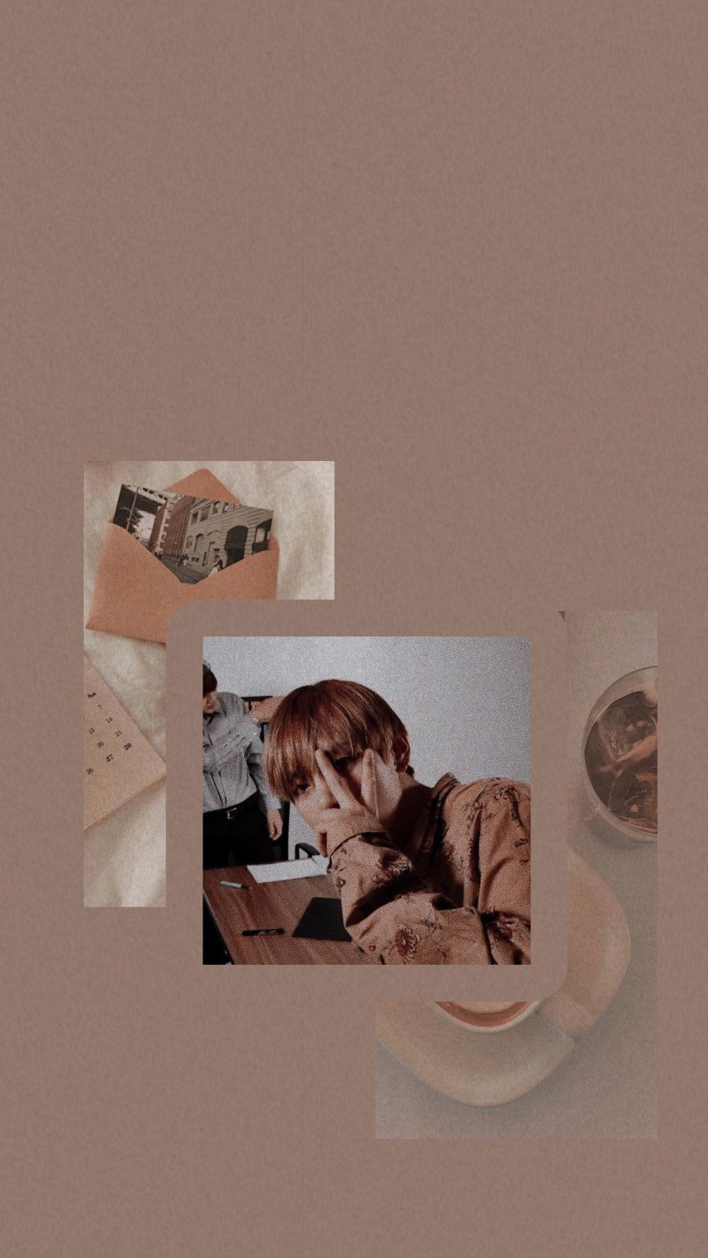 Photo By Xm3008 In 2020 Iphone Wallpaper Bts Kim Taehyung Wallpaper Bts Wallpaper
