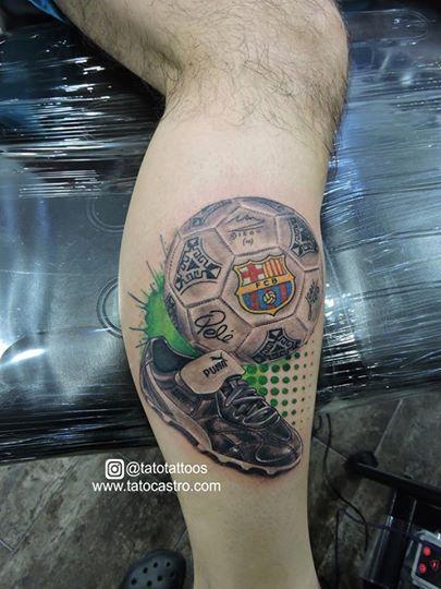 Soccer Tattoo By Tato Castro Rock City Tattoo Shop Bucaramanga Colombia Tatuajes Futboleros Tatuajes Futbol Tatuajes