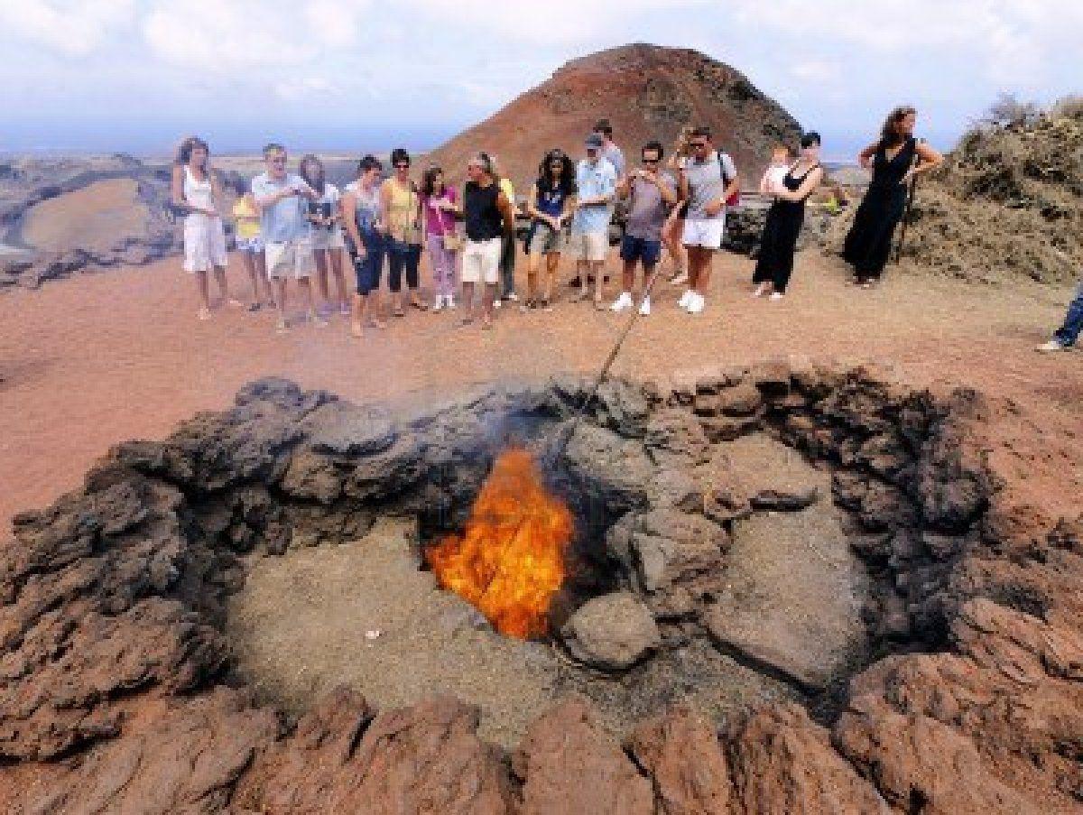 timanfaya-national-park-lanzarote cooking using volcanic energy